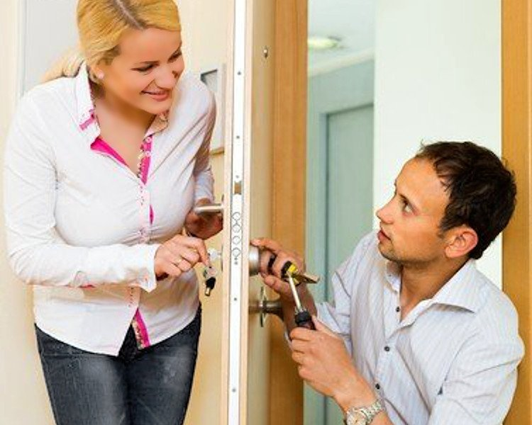 Common reasons to change your locks - Holder Total Security - Tulsa, Oklahoma